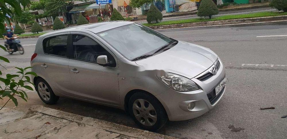 Cần bán Hyundai i20 sản xuất 2010, xe nhập chính hãng (1)