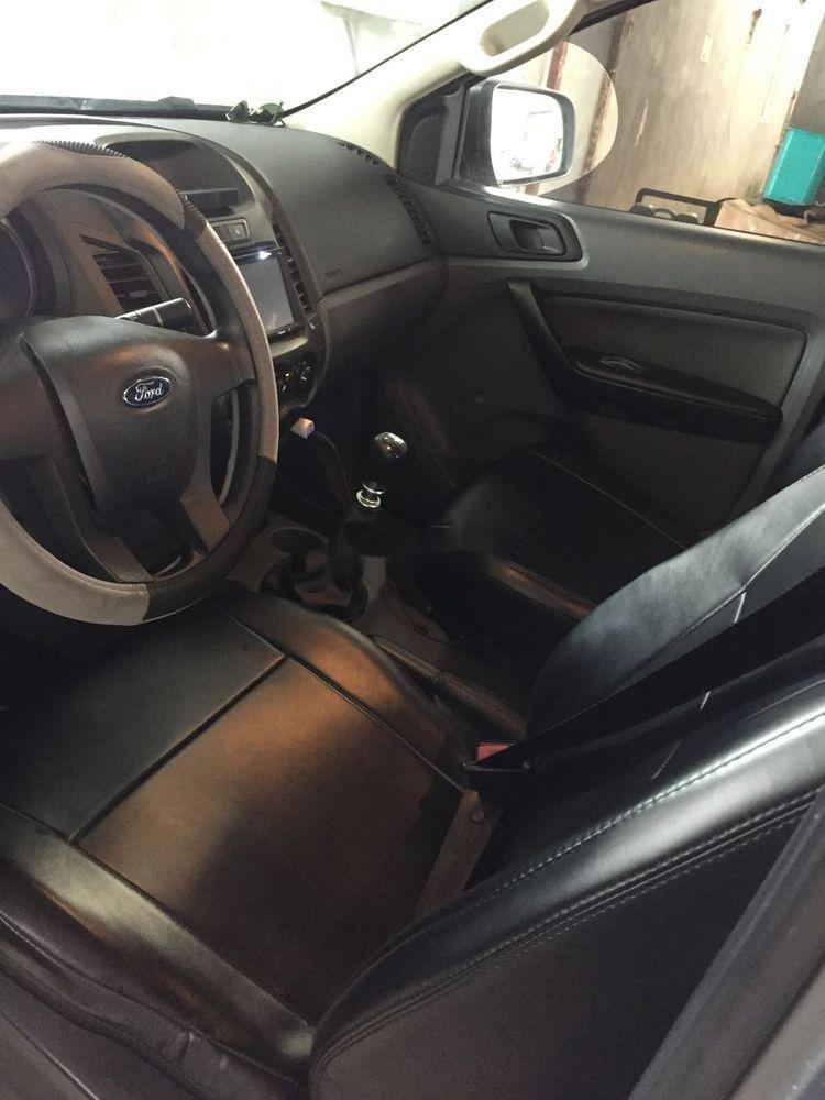 Cần bán Ford Ranger đời 2015, màu xám, nhập khẩu xe gia đình xe nguyên bản (9)