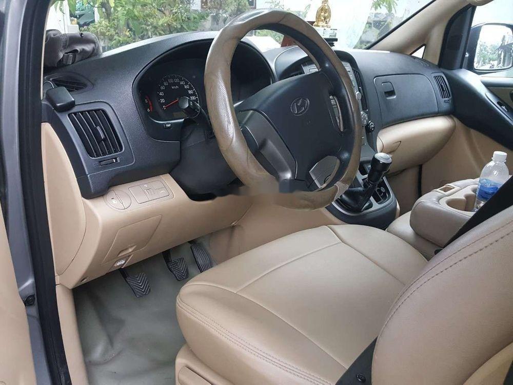 Cần bán xe Hyundai Starex đời 2014, màu bạc, nhập khẩu chính hãng (10)