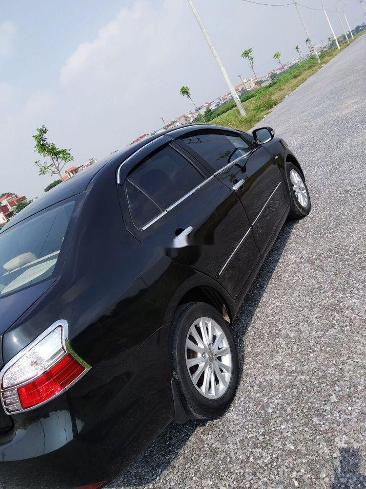 Cần bán Toyota Vios 2010 xe nguyên bản (6)