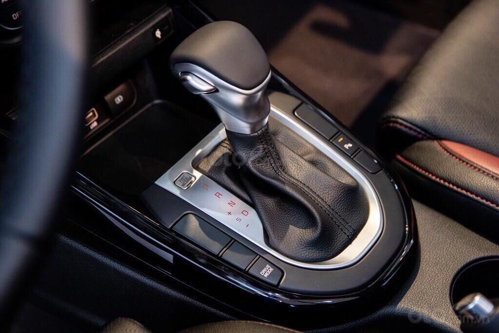 Kia Cerato 2.0 Premium - dẫn đầu phân khúc C - gọi ngay lấy giá tốt với Kia Giải Phóng 0969393456 (5)