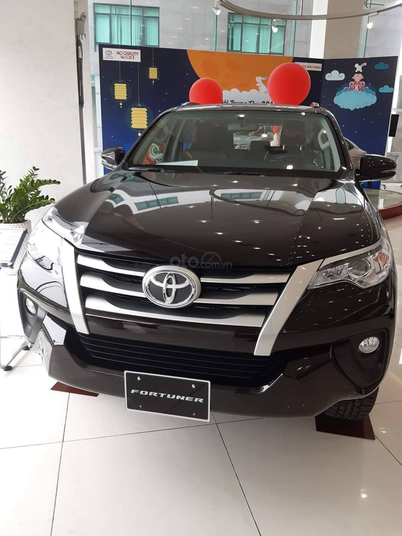 Bán Toyota Fortuner FG. FK. FVD năm sản xuất 2019, màu đen, nhập khẩu nguyên chiếc (1)
