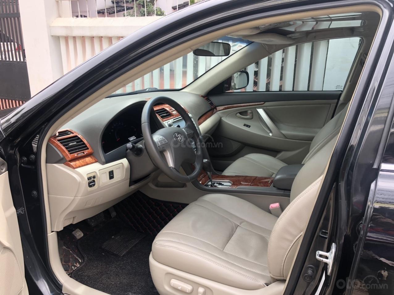 Cần bán ô tô Toyota Camry đời 2010, màu đen, giá chỉ 565 triệu LH: 0918611968 (4)