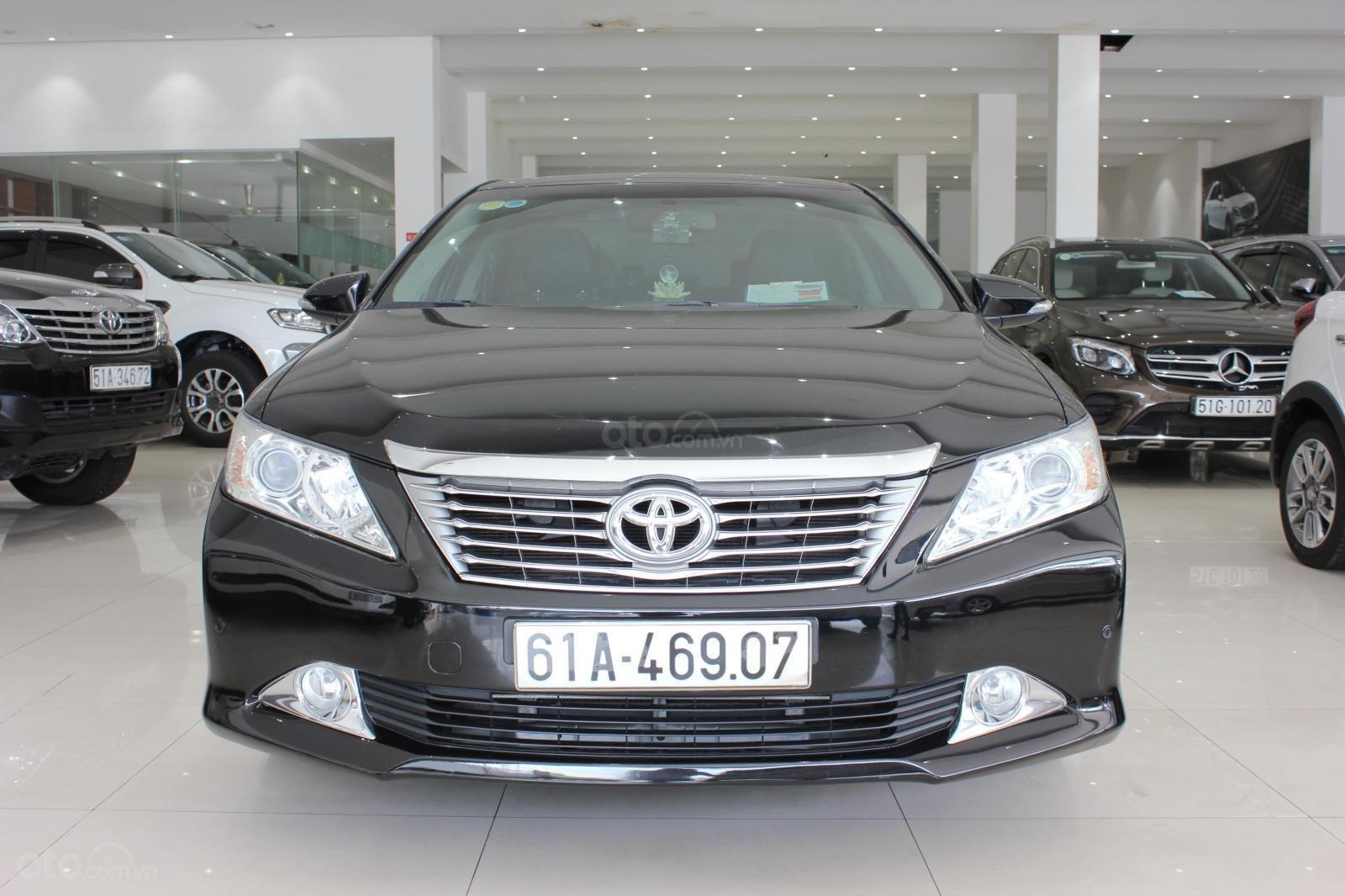 Cần bán Toyota Camry 2.5 Q 2013 bản full, màu đen, giá chỉ 755 triệu (2)