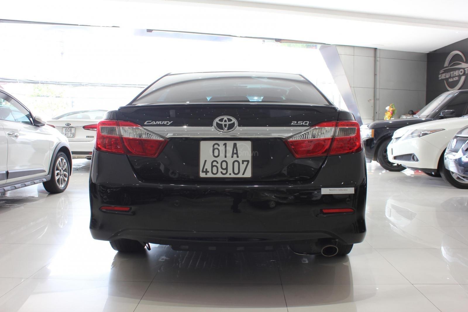 Cần bán Toyota Camry 2.5 Q 2013 bản full, màu đen, giá chỉ 755 triệu (3)