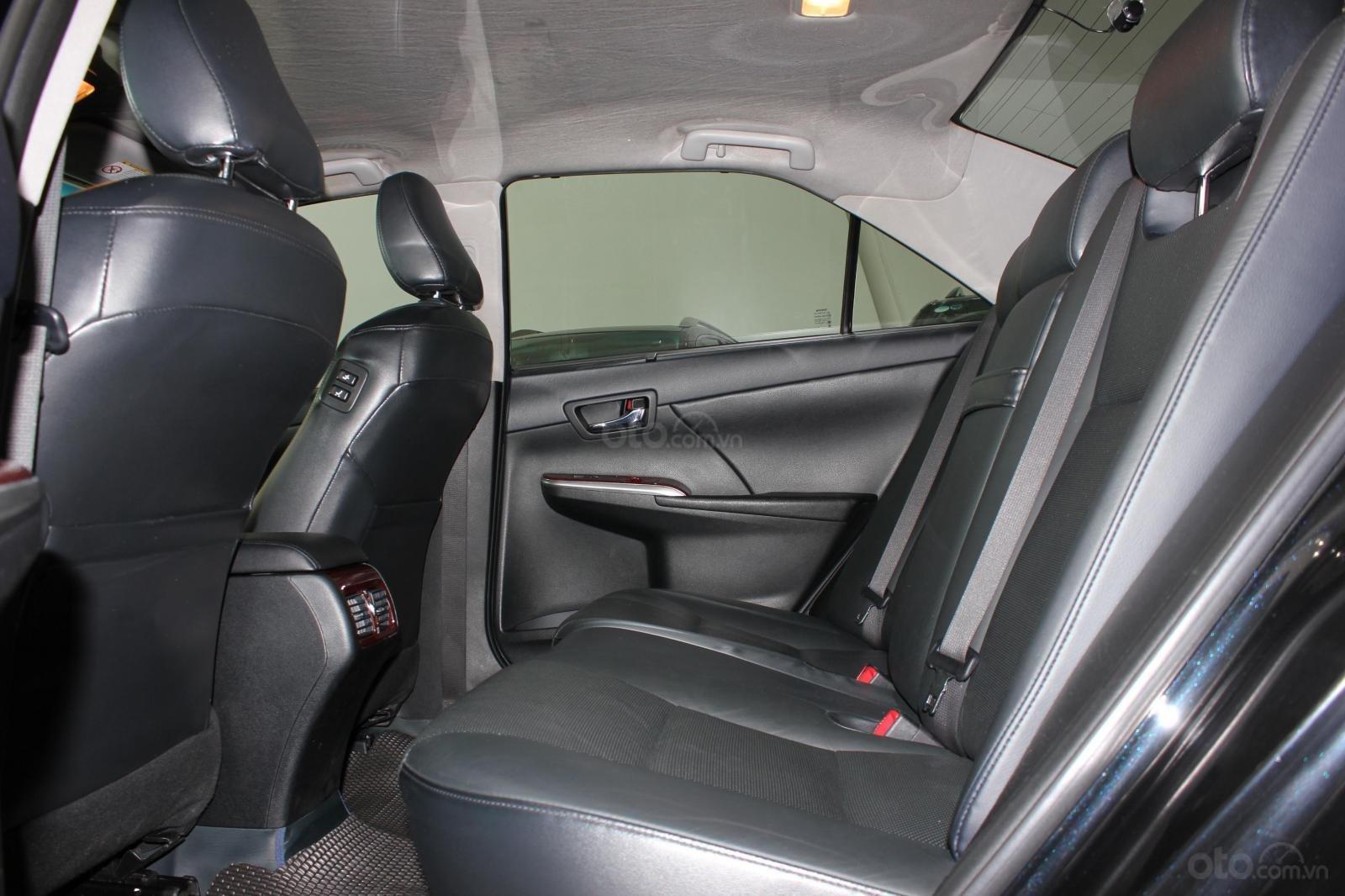 Cần bán Toyota Camry 2.5 Q 2013 bản full, màu đen, giá chỉ 755 triệu (12)