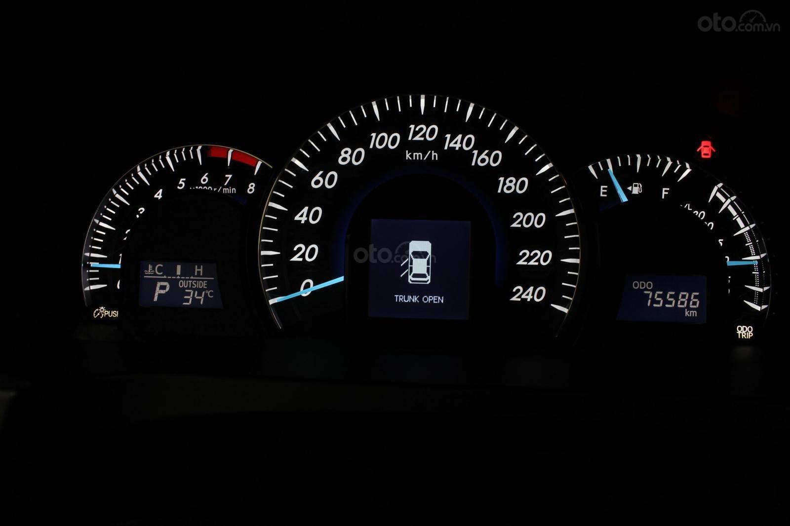 Cần bán Toyota Camry 2.5 Q 2013 bản full, màu đen, giá chỉ 755 triệu (20)