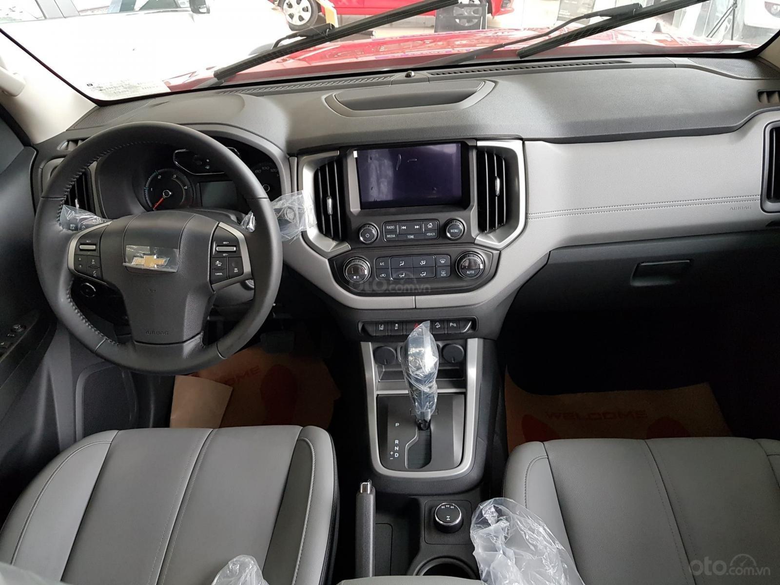 Xe bán tải Chevrolet Colorado LTZ MY19, màu trắng, xe nhập, giao ngay, ưu đãi sốc tháng 11, LH 0962.951.192 (6)