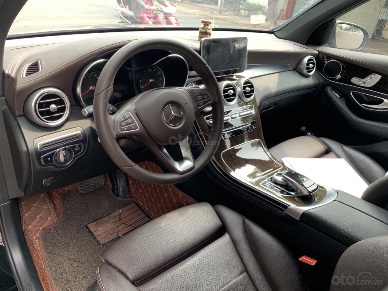 Bán GLC 200 sản xuất 2018, màu đen nâu, xe đẹp cá nhân bao kiểm tra hãng (3)