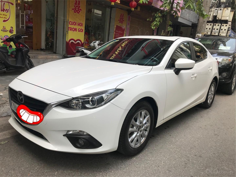 Cần bán lại xe Mazda 3 đời 2015, màu trắng xe gia đình giá tốt 575 triệu đồng (1)