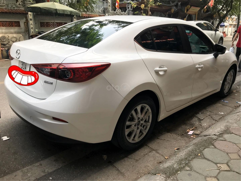 Cần bán lại xe Mazda 3 đời 2015, màu trắng xe gia đình giá tốt 575 triệu đồng (2)