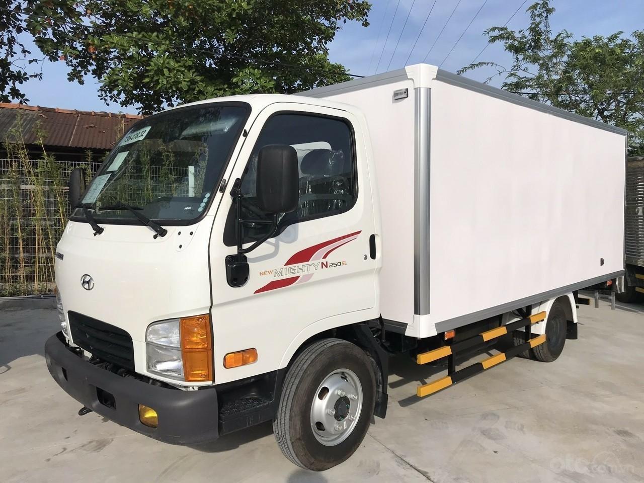 Bán xe Hyundai 2500kg siêu khuyến mãi dịp cuối năm (1)