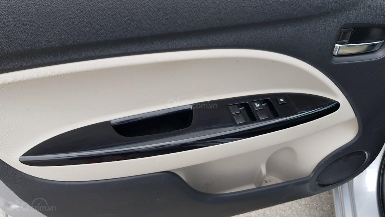Bán ô tô Mitsubishi Attrage đăng ký lần đầu 2016, màu bạc nhập khẩu giá tốt 315 triệu đồng (9)