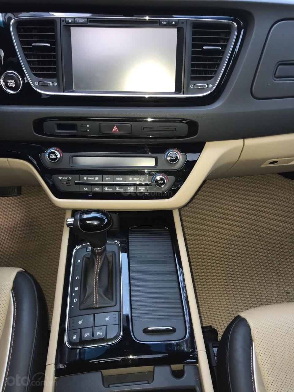 Kia Grand Sedona CRDI model 2018, máy dầu bản cao cấp nhất, full kịch option (18)