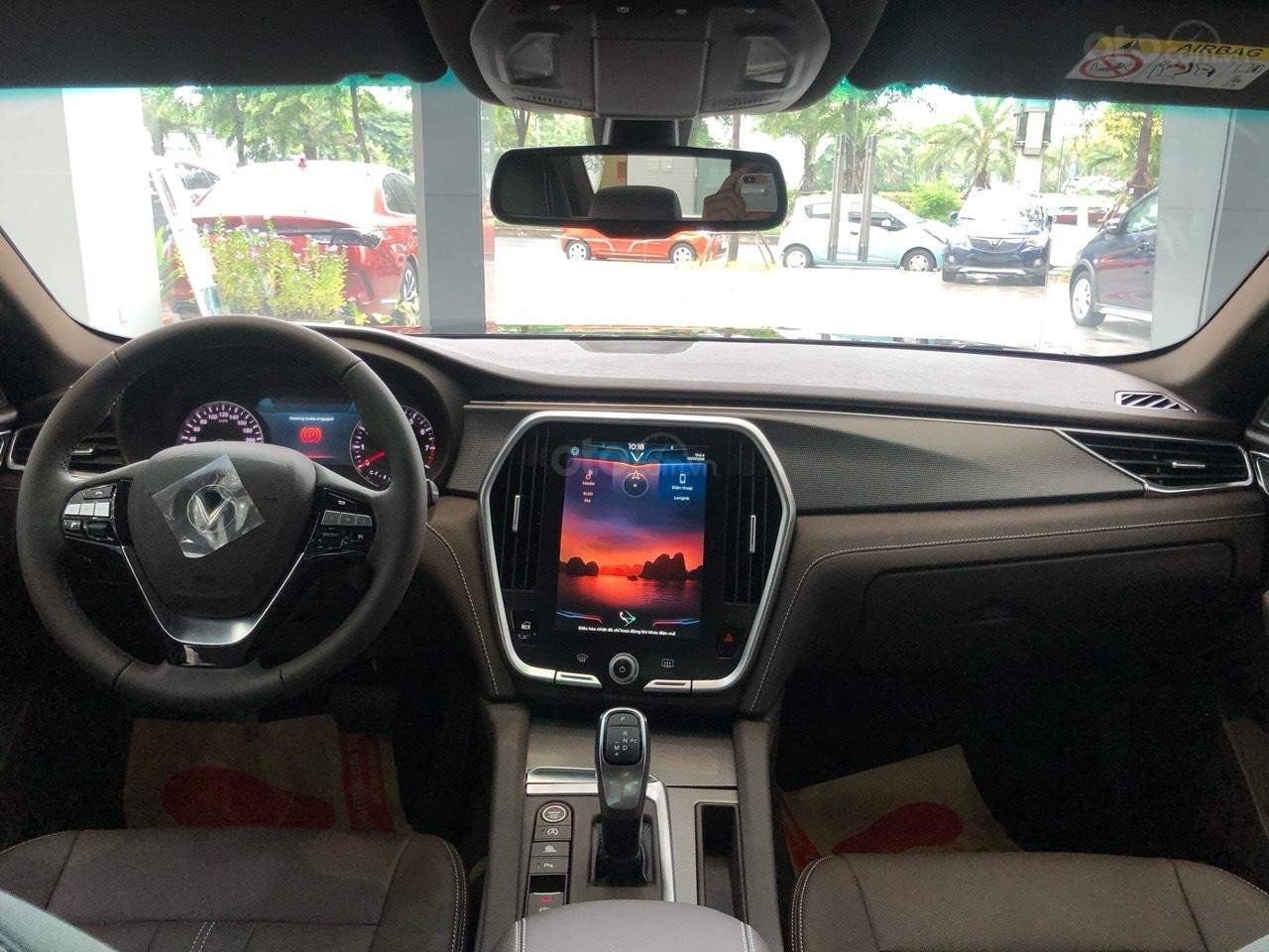 Bán xe VinFast LUX A2.0 full-Da Nappa Nâu 2019, màu bạc 0911234775 em Long (4)