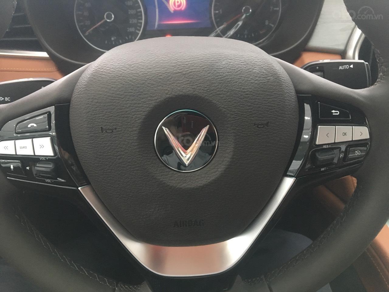 Bán xe VinFast LUX A2.0 full-Da Nappa Nâu 2019, màu bạc 0911234775 em Long (6)