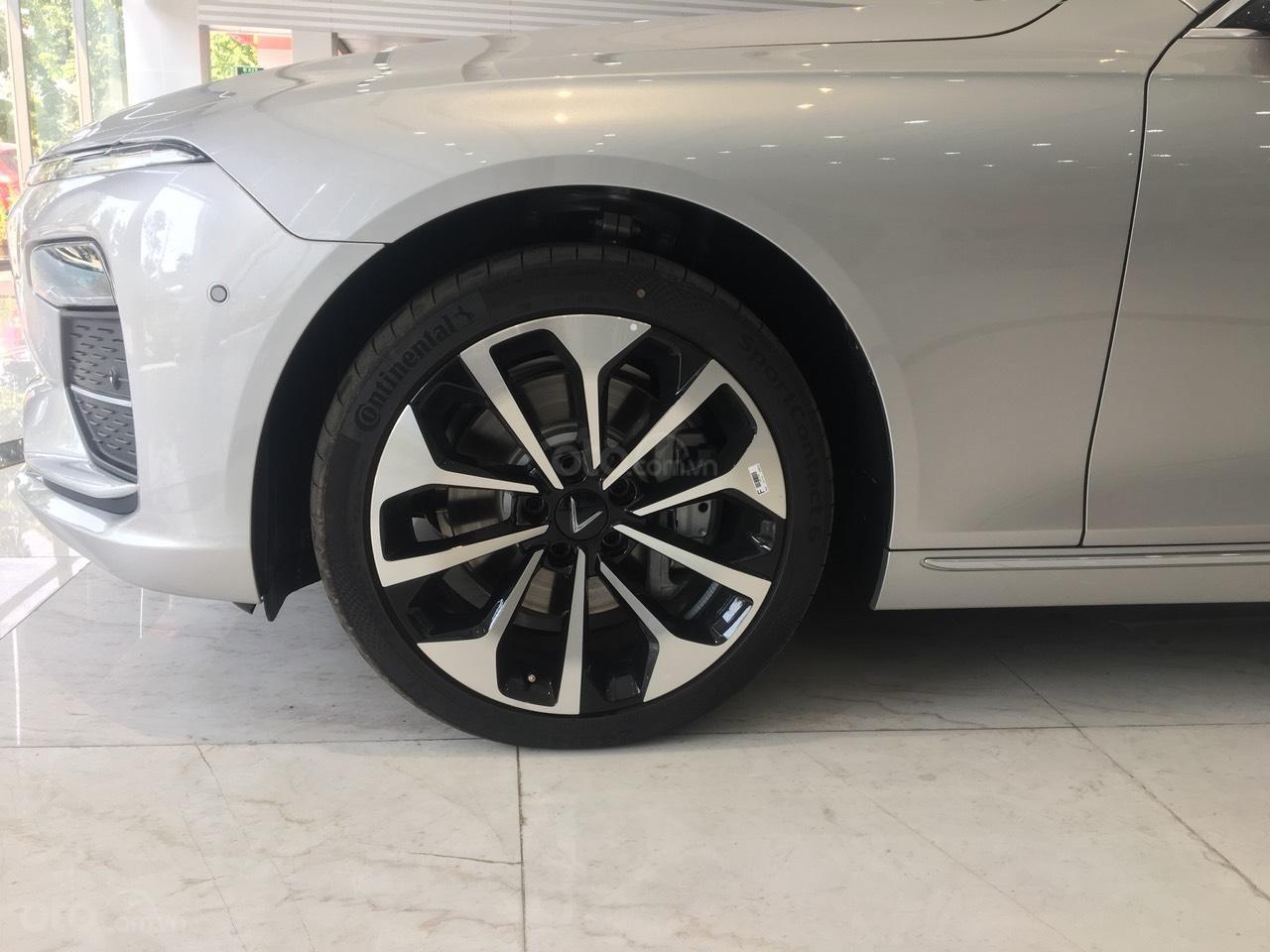 Bán xe VinFast LUX A2.0 full-Da Nappa Nâu 2019, màu bạc 0911234775 em Long (15)