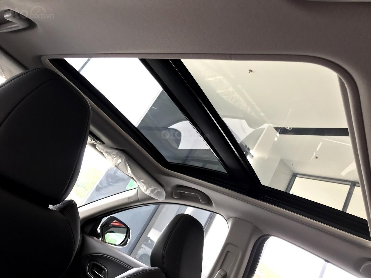 Honda oto Sài Gòn Quận 7, HR-V 2019, chỉ 250tr bạn đã có thể mang xe về nhà với nhiều gói quà tặng hấp dẫn (7)