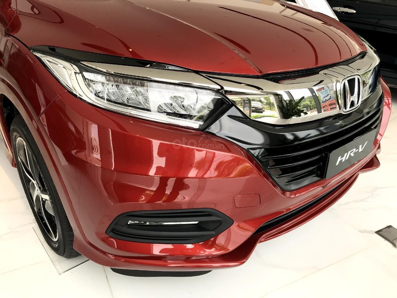 Honda oto Sài Gòn Quận 7, HR-V 2019, chỉ 250tr bạn đã có thể mang xe về nhà với nhiều gói quà tặng hấp dẫn (8)