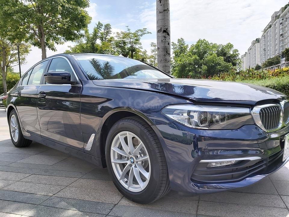 Bán BMW 520i giảm ngay 230 triệu - xe nhập chính hãng (1)