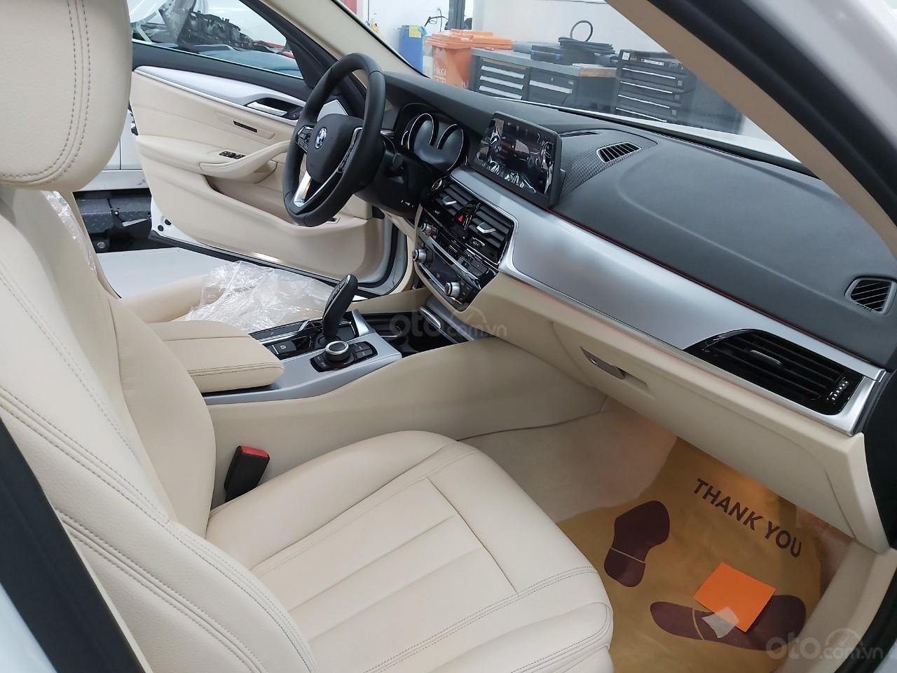 Bán BMW 520i giảm ngay 230 triệu - xe nhập chính hãng (3)