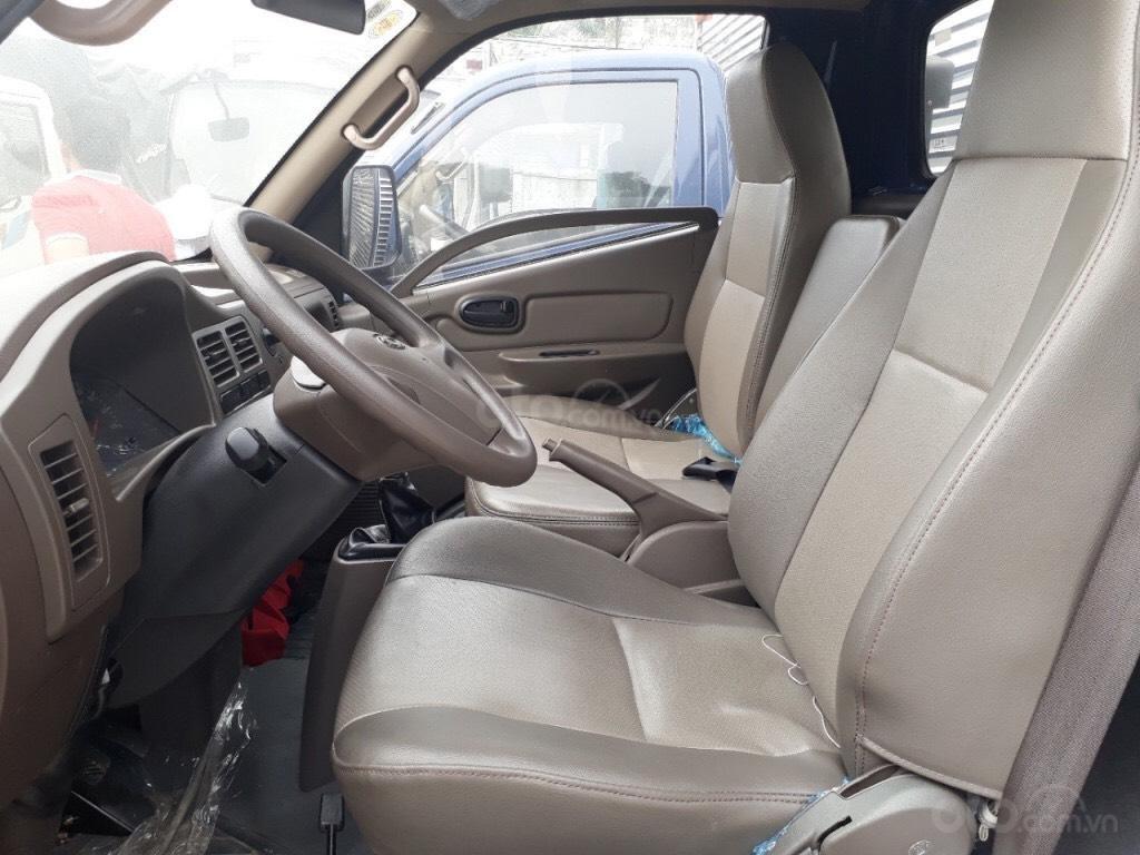 Bán Isuzu N-L thùng 4m3 mới 100% năm sản xuất 2018, màu trắng, giá tốt (4)