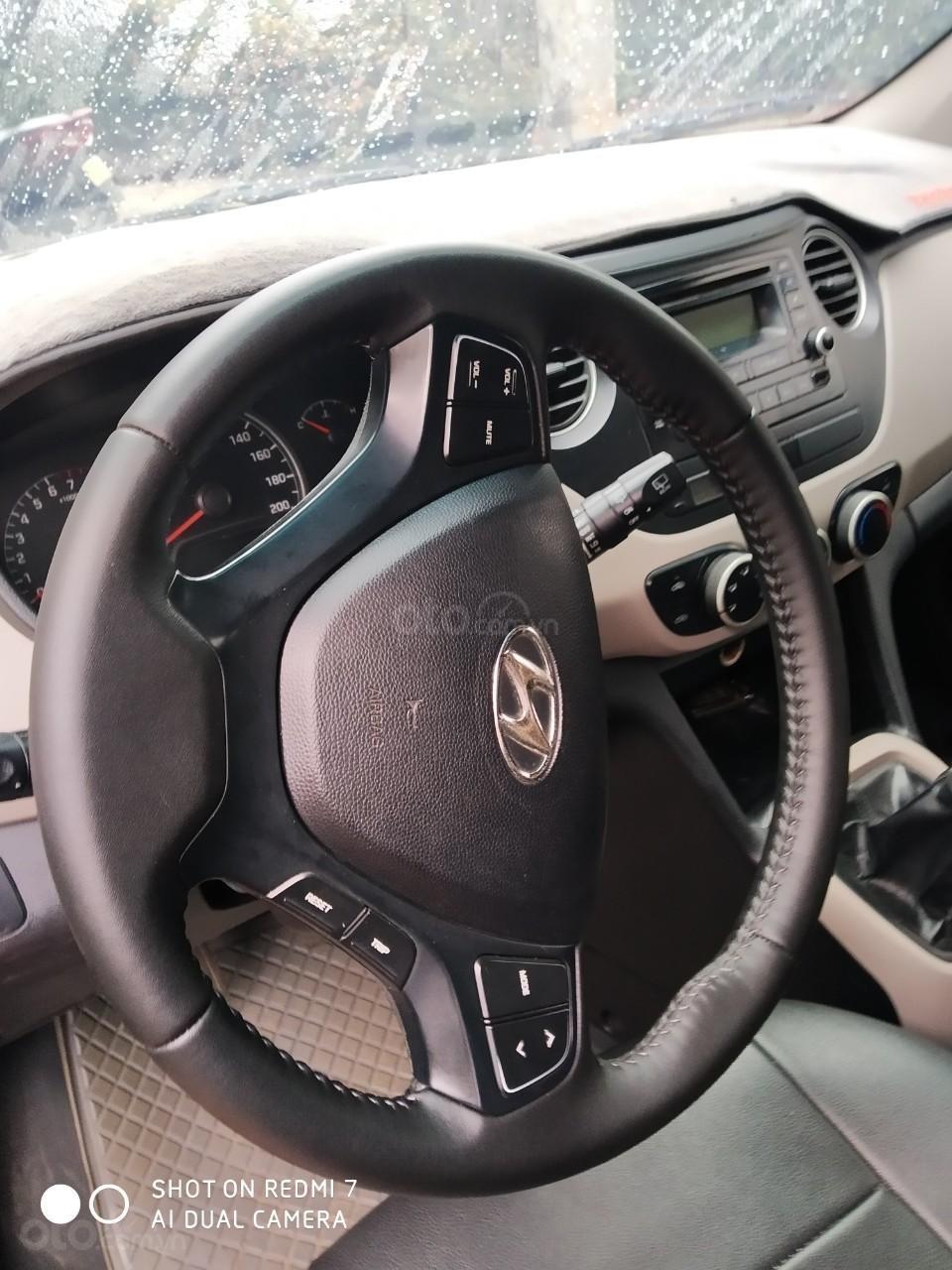 Bán xe Hyundai Grand i10 xe gần như mới 90% (4)