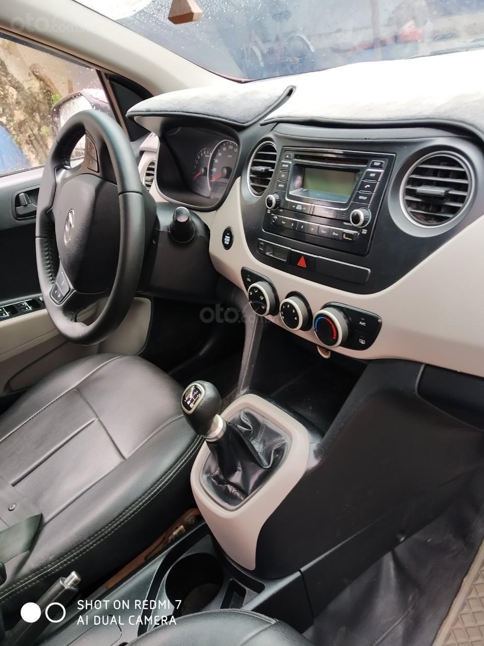 Bán xe Hyundai Grand i10 xe gần như mới 90% (8)