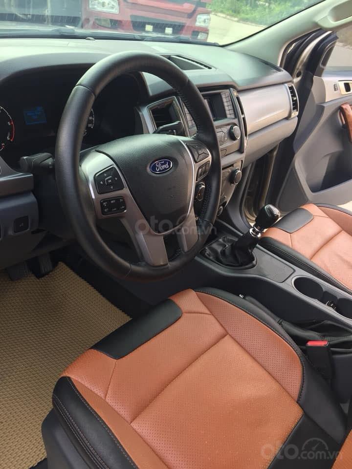 Gia đình cần bán xe Ranger XLS 2017, số sàn, máy dầu, màu xám, (4)