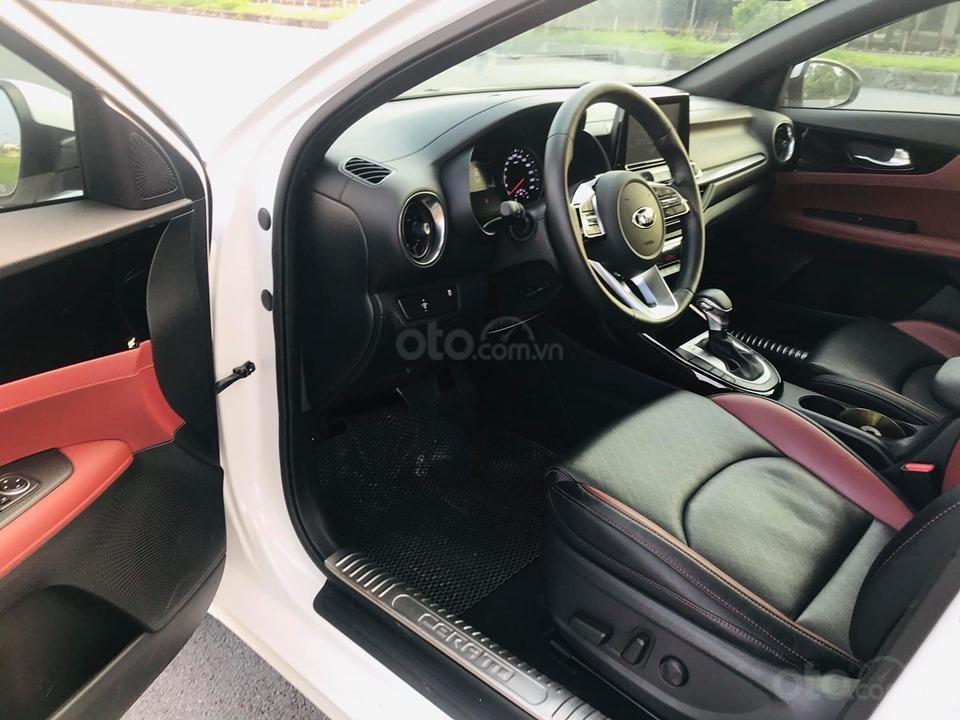 Kia Cerato 2.0 AT Premium màu trắng sản xuất 05/2019 tên tư nhân (16)