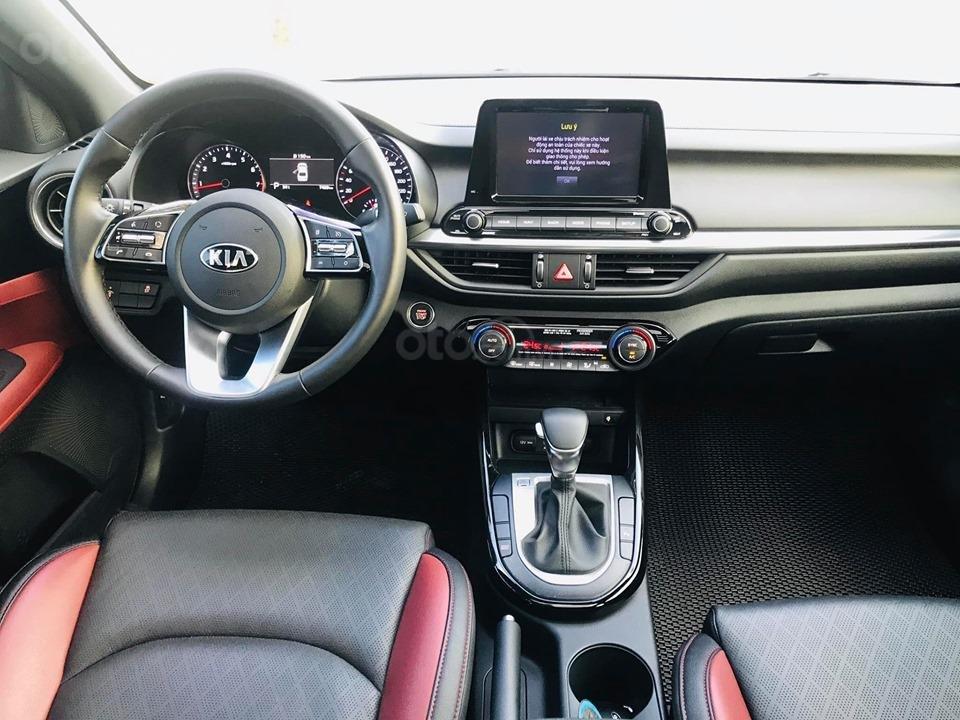 Kia Cerato 2.0 AT Premium màu trắng sản xuất 05/2019 tên tư nhân (18)