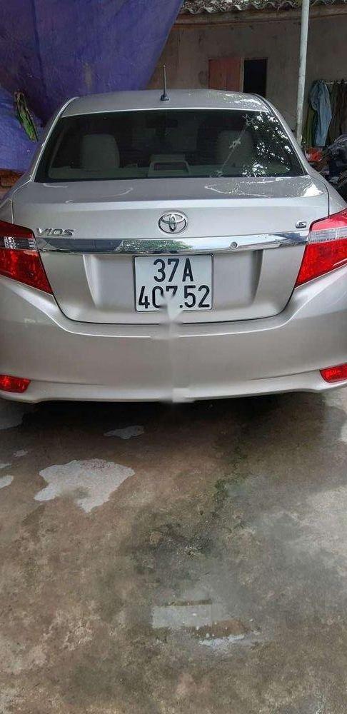Cần bán xe Toyota Vios đời 2017 xe nguyên bản (10)