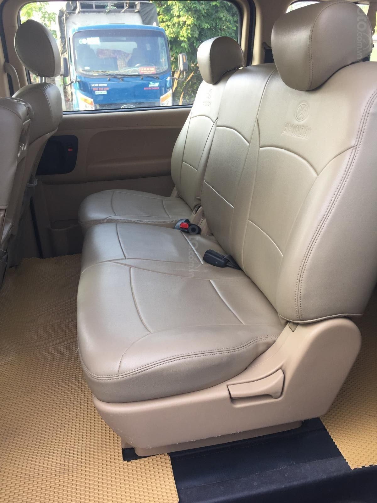 Bán Hyundai Grand Starex đời 2015 xe nhập (2)