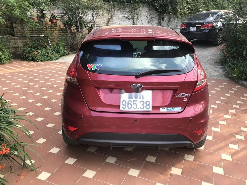 Cần bán Ford Fiesta 1.6AT năm sản xuất 2013, màu đỏ, giá 350tr (4)