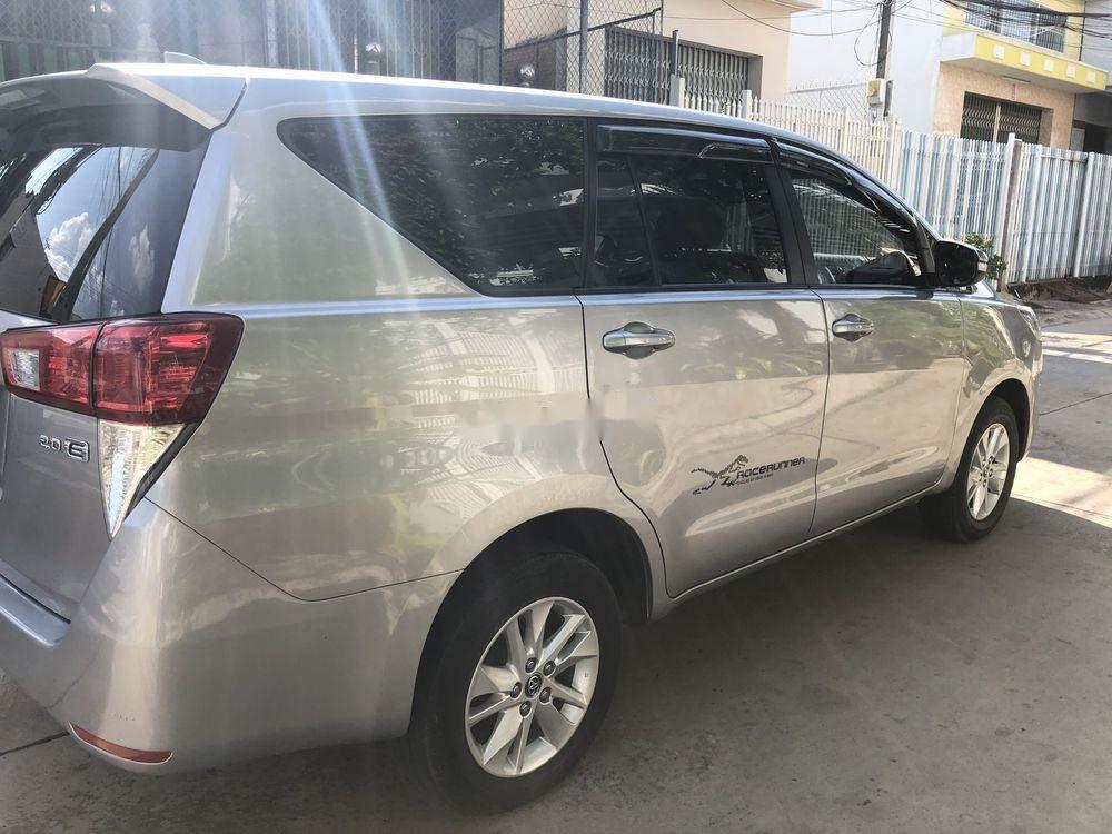 Bán Toyota Innova năm 2017, nhập khẩu nguyên chiếc, giá tốt (7)