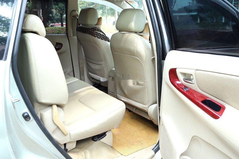 Cần bán gấp Toyota Innova MT sản xuất 2006 (6)