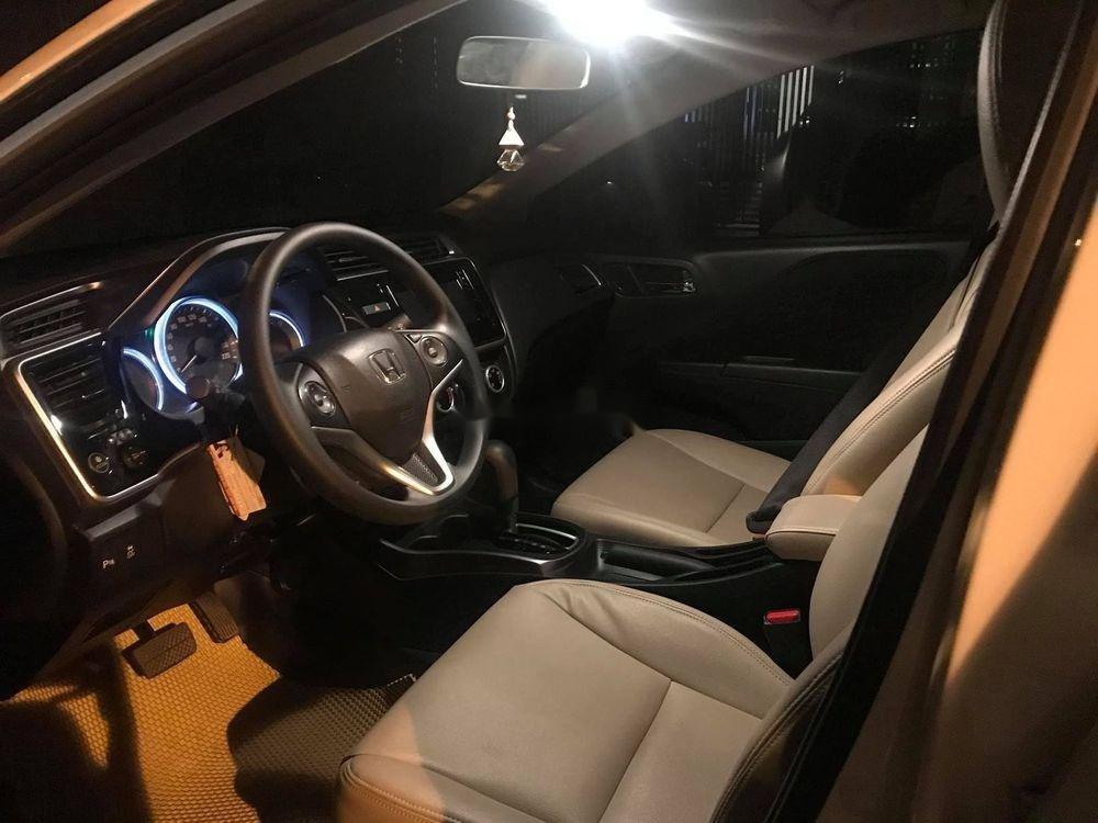 Bán xe Honda City sản xuất 2018, màu trắng xe nguyên bản (2)