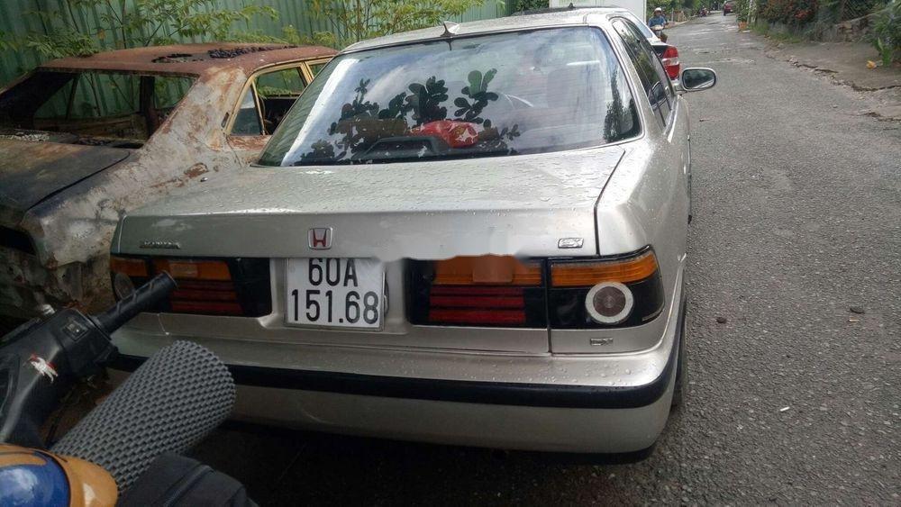 Cần bán gấp Honda Accord đời 1992, nhập khẩu chính hãng (1)