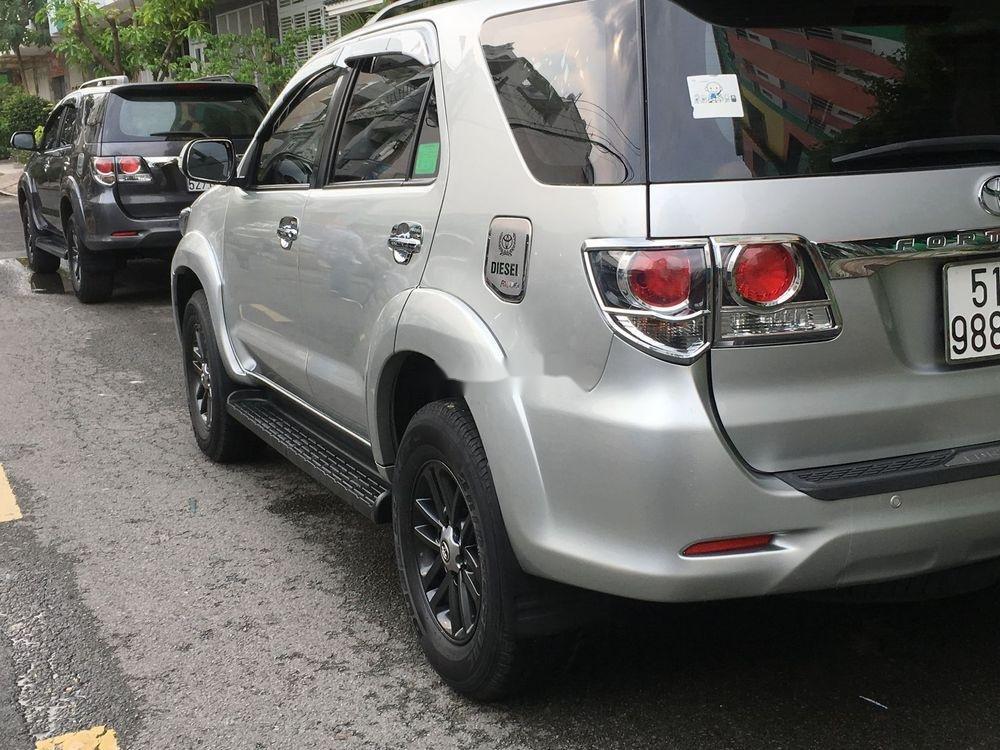 Bán Toyota Fortuner năm 2016, giá tốt (9)