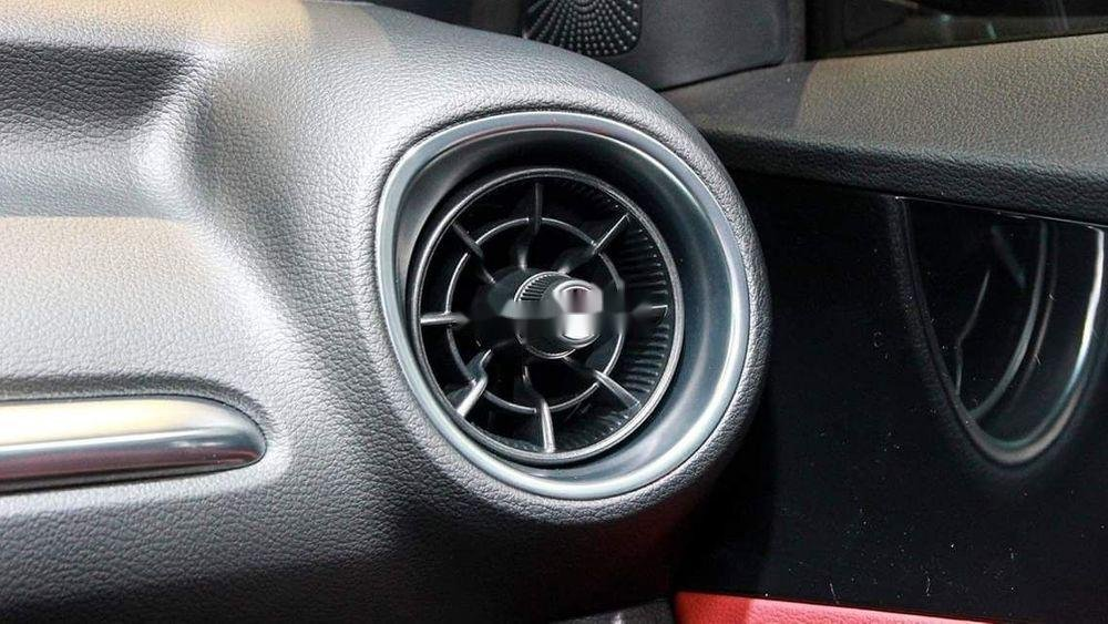 Bán xe Kia Cerato đời 2019, màu đen, giá tốt (4)