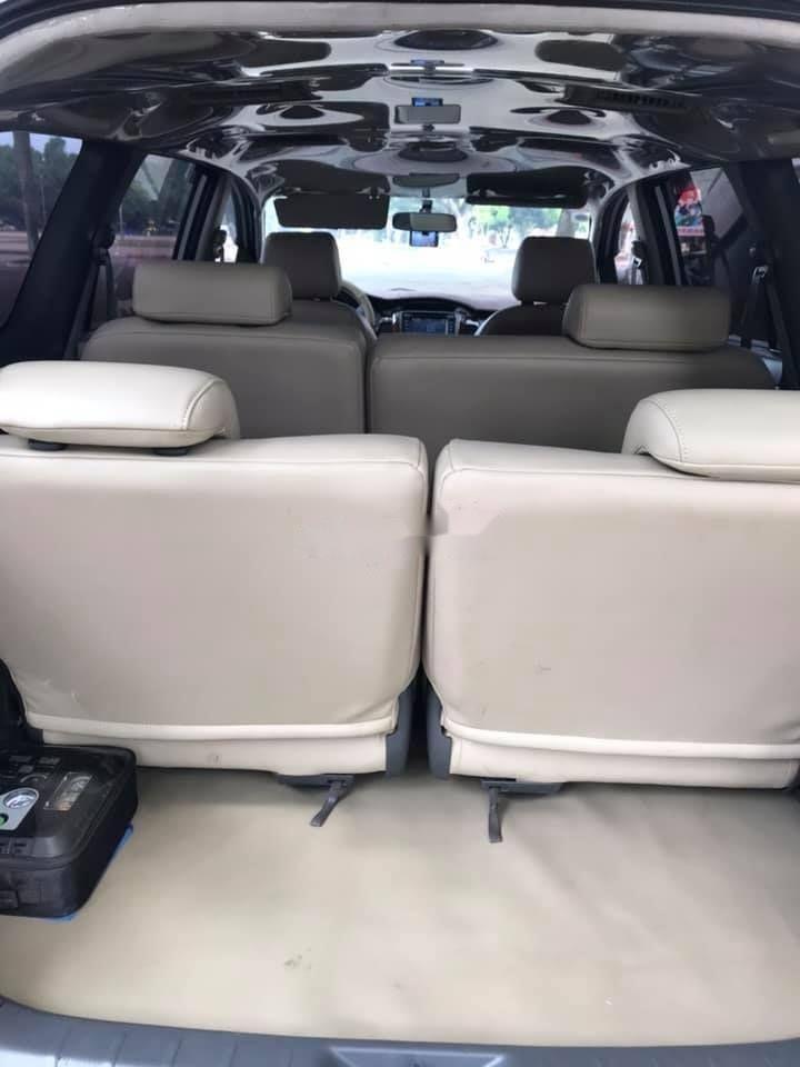 Bán Toyota Innova 2012, màu bạc xe nguyên bản (9)