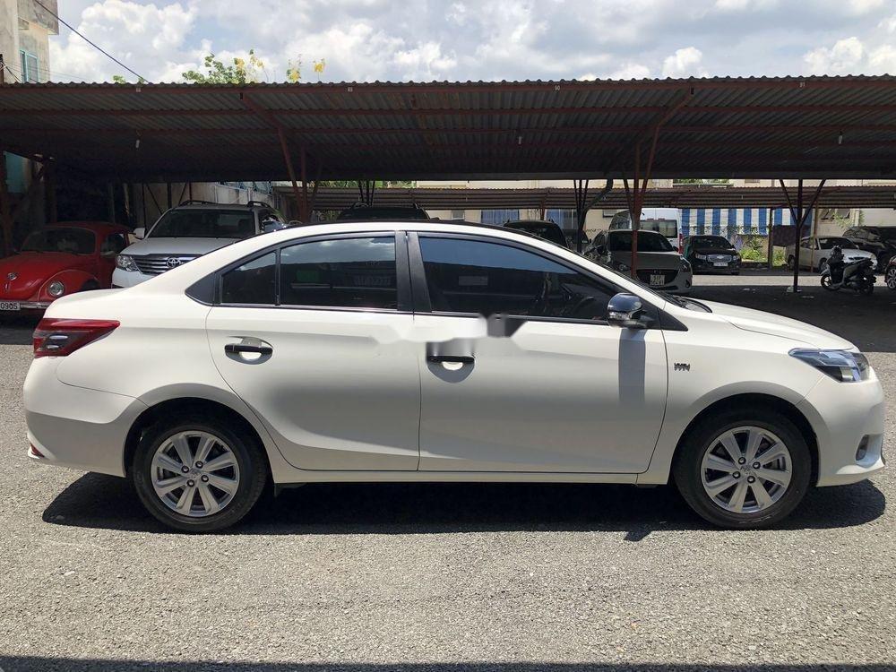 Bán Toyota Vios năm 2018, màu trắng (4)