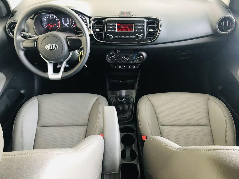 Cần bán xe Kia Soluto năm 2019, màu bạc, 399tr (6)