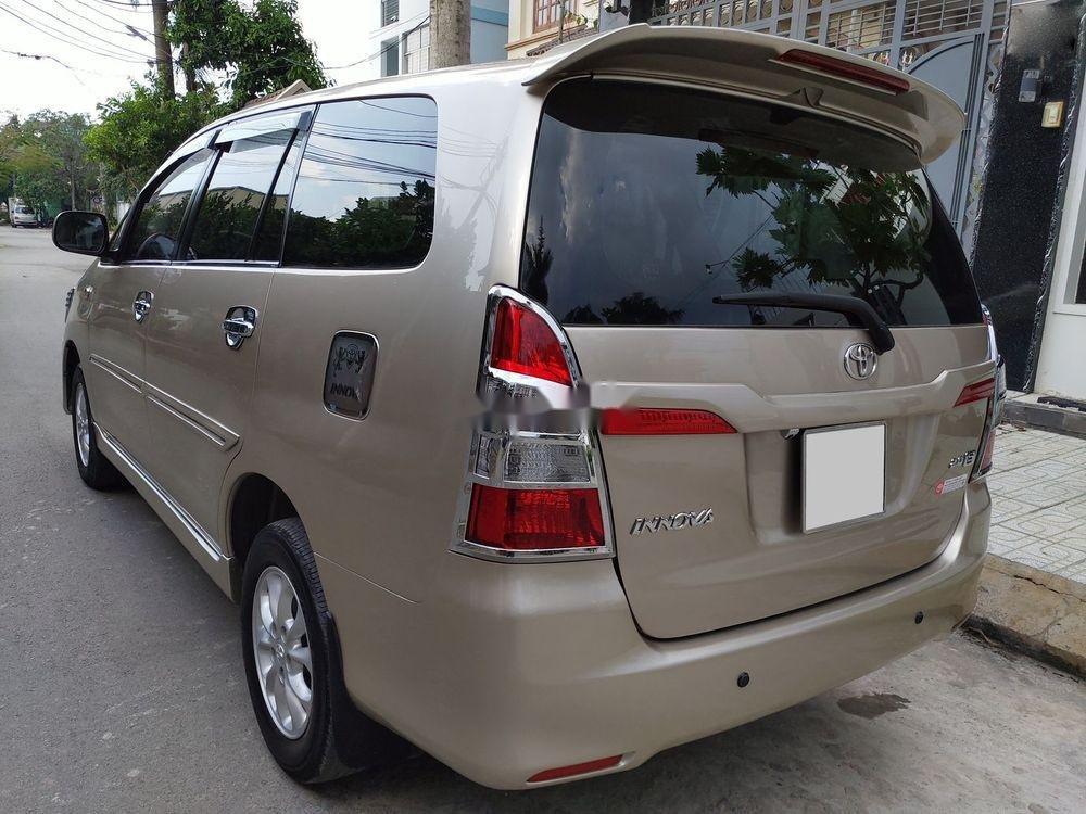Bán Toyota Innova E sản xuất 2014, giá chỉ 438 triệu (4)