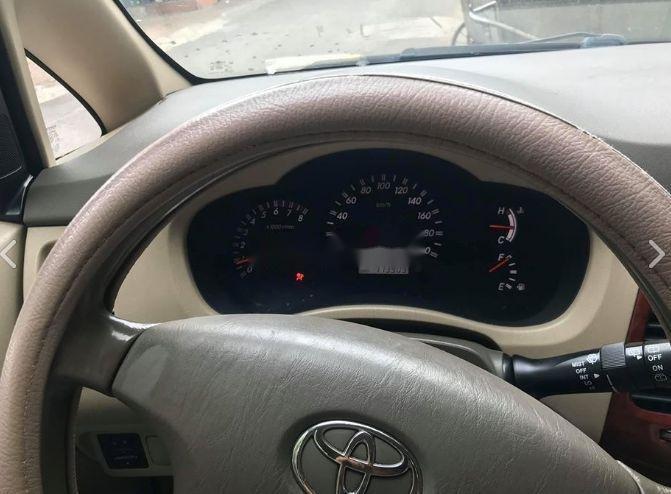 Cần bán Toyota Innova đời 2006, màu bạc, số sàn (3)