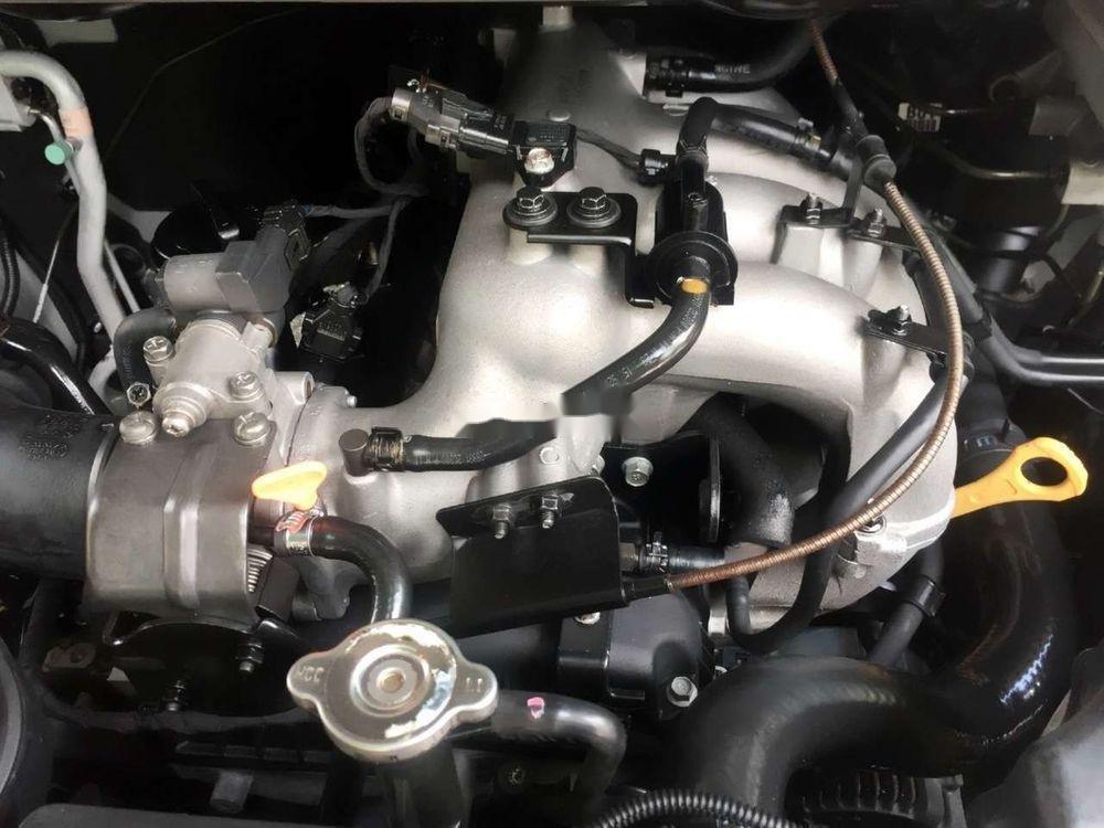 Cần bán xe Hyundai Grand Starex đời 2012, màu bạc, xe nhập còn mới, 415 triệu xe nguyên bản (6)