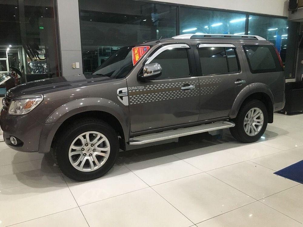 Cần bán xe Ford Everest Limited sản xuất năm 2014, giá cạnh tranh (2)