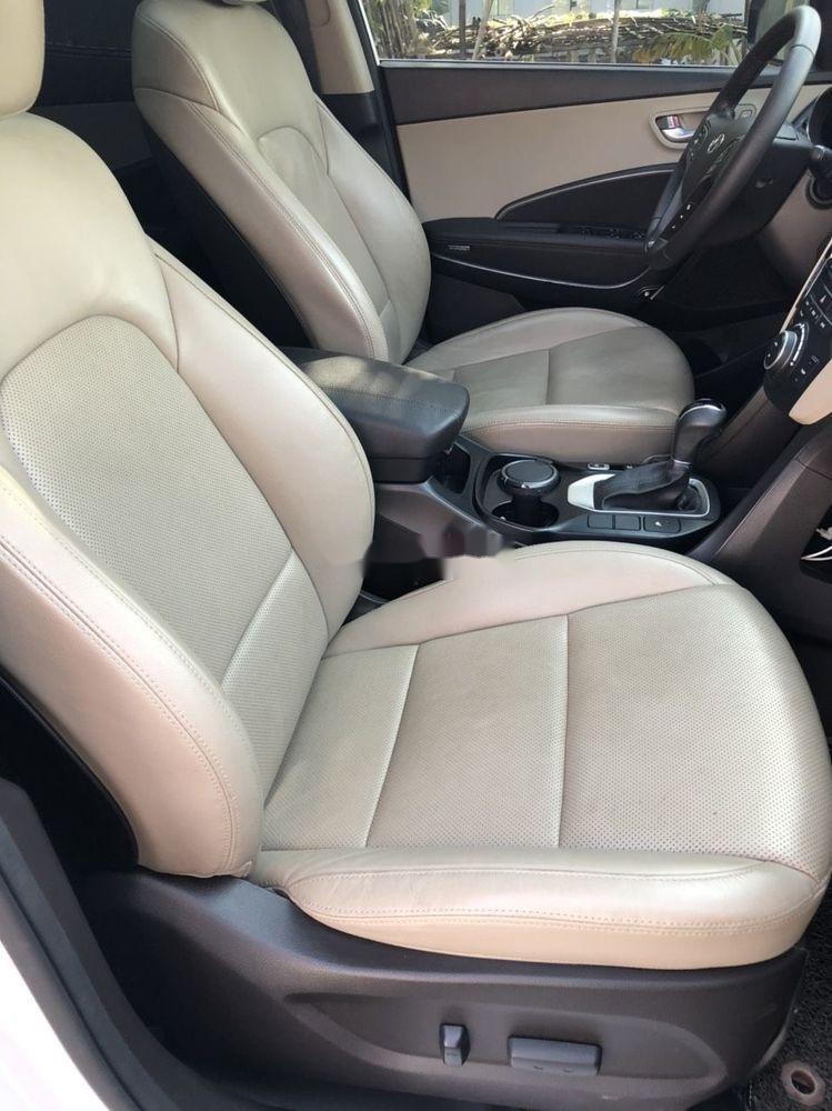Cần bán Hyundai Santa Fe sản xuất 2018, màu trắng xe nguyên bản (8)