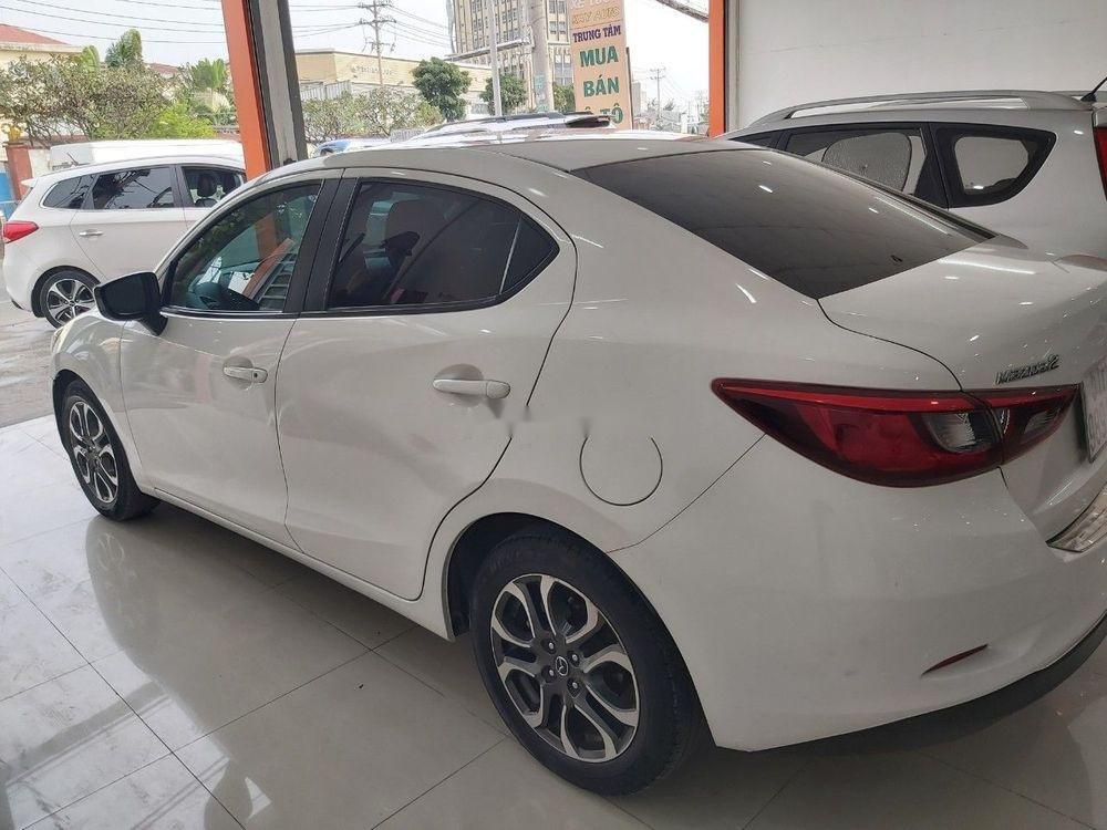 Cần bán gấp Mazda 2 sản xuất 2016, màu trắng chính chủ, giá 465tr xe nguyên bản (3)