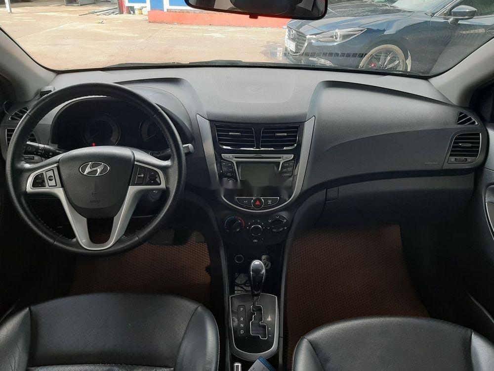 Cần bán xe cũ Hyundai Accent năm 2011, màu bạc giá cạnh tranh (3)